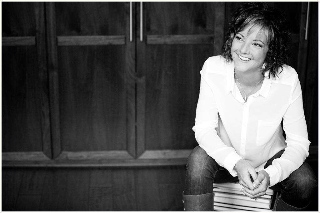 Audrey Michel. writer. speaker. spiritual growth coach. endometriosis. chronic pain