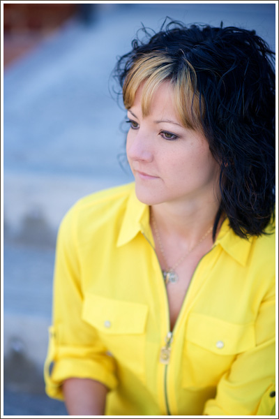Audrey Michel is an advocate, educator, an coach for women with endometriosis